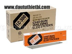 Que hàn LC300 Chosun Korea AWS E7016 đường kính 2.6 mm